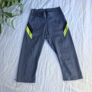 PUMA Crop Leggings — S